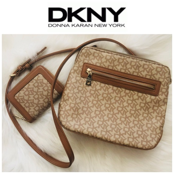 Dkny Handbags - DKNY Donna Karan New York Monogram HandBag set